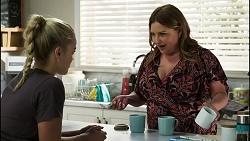 Roxy Willis, Terese Willis in Neighbours Episode 8391