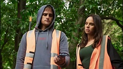 Kyle Canning, Bea Nilsson in Neighbours Episode 8394