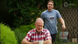 Clive Gibbons, Kyle Canning in Neighbours Episode 8395