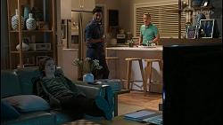 Emmett Donaldson, David Tanaka, Paul Robinson in Neighbours Episode 8396