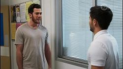 Shaun Watkins, David Tanaka in Neighbours Episode 8396