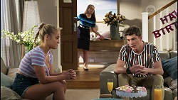 Roxy Willis, Harlow Robinson, Hendrix Greyson in Neighbours Episode 8398