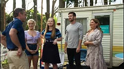 Paul Robinson, Roxy Willis, Harlow Robinson, Ned Willis, Terese Willis in Neighbours Episode 8398