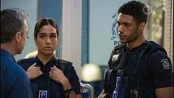 Paul Robinson, Yashvi Rebecchi, Levi Canning in Neighbours Episode 8399