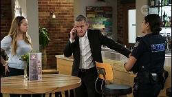 Harlow Robinson, Paul Robinson, Yashvi Rebecchi in Neighbours Episode 8399