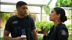 Levi Canning, Yashvi Rebecchi in Neighbours Episode 8400