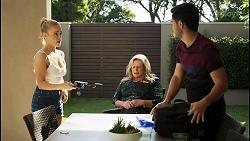 Roxy Willis, Sheila Canning, David Tanaka in Neighbours Episode 8401