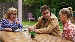 Sheila Canning, Kyle Canning, Roxy Willis in Neighbours Episode 8401