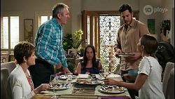 Susan Kennedy, Karl Kennedy, Bea Nilsson, Shaun Watkins, Elly Conway in Neighbours Episode 8404