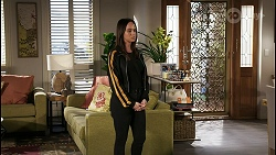 Bea Nilsson in Neighbours Episode 8404