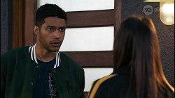 Levi Canning, Bea Nilsson in Neighbours Episode 8404