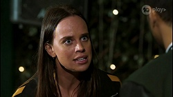 Bea Nilsson, Levi Canning in Neighbours Episode 8405