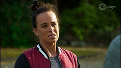 Bea Nilsson, Aaron Brennan in Neighbours Episode 8408