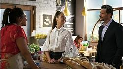 Dipi Rebecchi, Chloe Brennan, Pierce Greyson in Neighbours Episode 8409