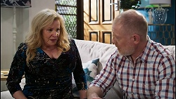 Sheila Canning, Clive Gibbons in Neighbours Episode 8409
