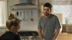 Roxy Willis, Ned Willis in Neighbours Episode 8410
