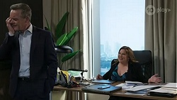 Paul Robinson, Terese Willis in Neighbours Episode 8411