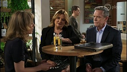 Jane Harris, Terese Willis, Paul Robinson in Neighbours Episode 8413