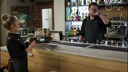 Roxy Willis, Shane Rebecchi in Neighbours Episode 8416