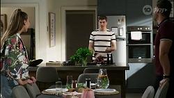Chloe Brennan, Hendrix Greyson, Pierce Greyson in Neighbours Episode 8417