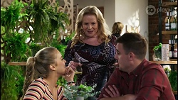 Roxy Willis, Sheila Canning, Kyle Canning in Neighbours Episode 8421