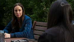 Bea Nilsson, Yashvi Rebecchi in Neighbours Episode 8422