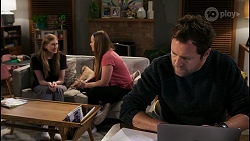Mackenzie Hargreaves, Harlow Robinson, Shane Rebecchi in Neighbours Episode 8423