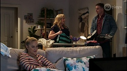 Roxy Willis, Sheila Canning, Kyle Canning in Neighbours Episode 8423