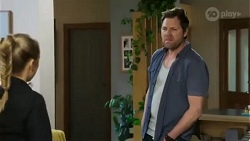 Roxy Willis, Shane Rebecchi in Neighbours Episode 8424