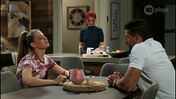 Chloe Brennan, Nicolette Stone, Pierce Greyson in Neighbours Episode 8425