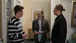 Hendrix Greyson, Mackenzie Hargreaves, Richie Amblin in Neighbours Episode 8425
