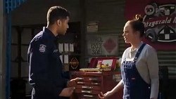 Levi Canning, Bea Nilsson in Neighbours Episode 8426