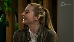 Mackenzie Hargreaves in Neighbours Episode 8428