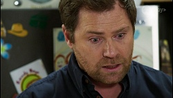 Shane Rebecchi in Neighbours Episode 8428