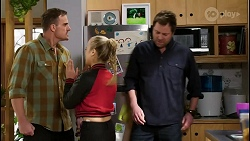 Kyle Canning, Roxy Willis, Shane Rebecchi in Neighbours Episode 8429