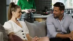 Chloe Brennan, Pierce Greyson in Neighbours Episode 8431