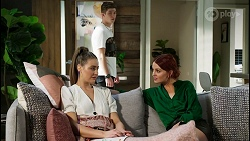 Chloe Brennan, Hendrix Greyson, Nicolette Stone in Neighbours Episode 8432