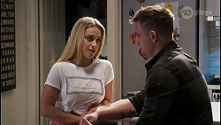 Roxy Willis, Kyle Canning in Neighbours Episode 8435