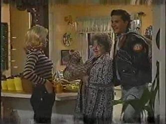 Annalise Hartman, Marlene Kratz, Sam Kratz in Neighbours Episode 2471