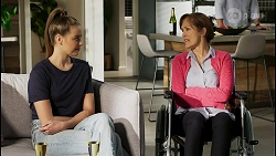 Chloe Brennan, Fay Brennan in Neighbours Episode 8450