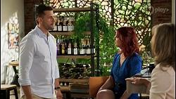 Pierce Greyson, Nicolette Stone, Jane Harris in Neighbours Episode 8451