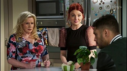 Sheila Canning, Nicolette Stone, Levi Canning in Neighbours Episode 8455
