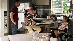 Pierce Greyson, Hendrix Greyson, Fay Brennan in Neighbours Episode 8455