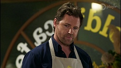 Shane Rebecchi in Neighbours Episode 8457