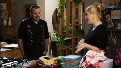Toadie Rebecchi, Rose Walker in Neighbours Episode 8460
