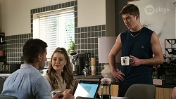 Pierce Greyson, Chloe Brennan, Hendrix Greyson in Neighbours Episode 8463