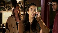 Bea Nilsson, Yashvi Rebecchi, Levi Canning in Neighbours Episode 8464
