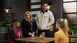 Bea Nilsson, Sheila Canning, Kyle Canning, Roxy Willis in Neighbours Episode 8466