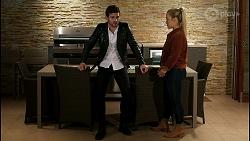 Ned Willis, Roxy Willis in Neighbours Episode 8466