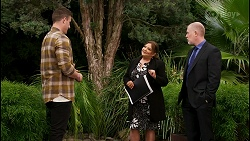 Kyle Canning, Terese Willis, Clive Gibbons in Neighbours Episode 8469